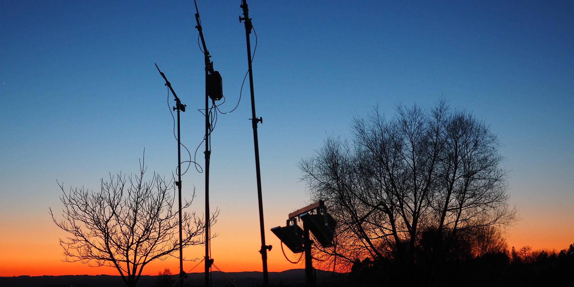 Antennas Dawn 2000x1000 MH