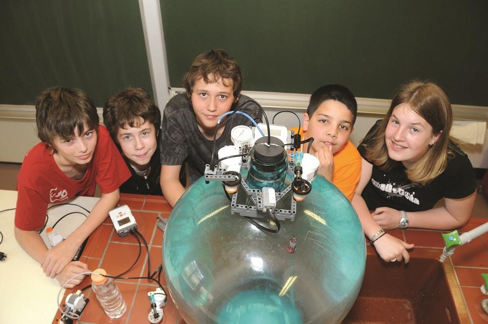 U19 teamwork ars electronica blog - Schulprojekte ideen ...