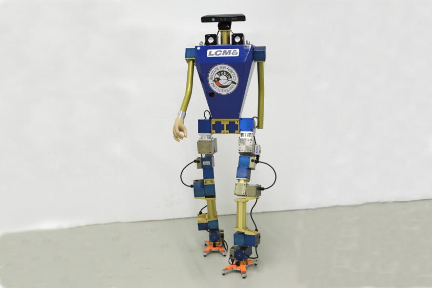 Roboter_886x590