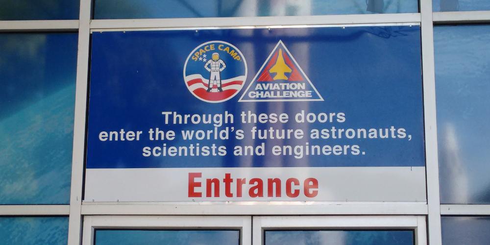 entrance_la